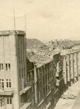 Ulice Puchmajerova po bombardování, OD Bacner (vpravo)